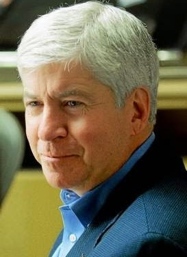 In the dead of winter, Snyder goes green