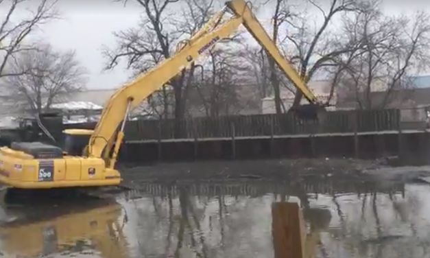 DNR removing tons of sewer muck from Lake St. Clair boat ramps