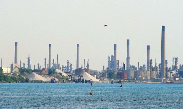 Snyder orders Enbridge pipeline replacement in St. Clair River